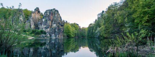 Bosque de Teutoburgo, Alemania, Lago externsteine