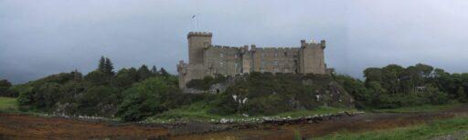 Castillo celta en colina de Escocia.