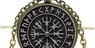 Símbolo vikingo vegvisir colgante.