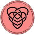 Nudo con doble corazón negro con fondo rosado. Símbolos celtas.