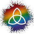 Triqueta celta con arcoiris de fondo.